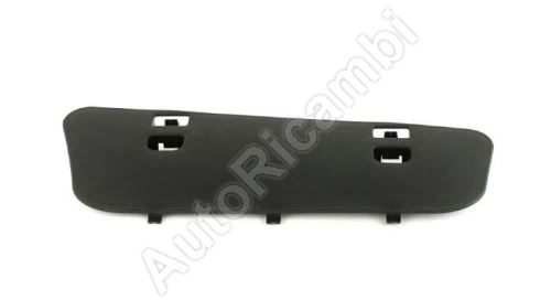 Cover Iveco Daily 14> left footrest