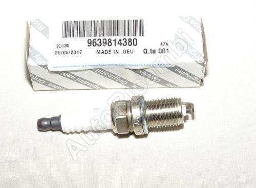 Spark Plug Fiat Fiorino 2007> 1.4-54kW/ Trafic 2001>/Berlingo 2000>