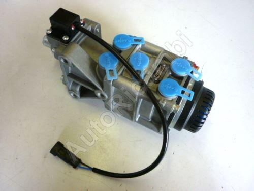 Brake foot valve Iveco EuroCargo 150