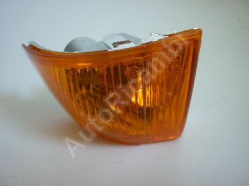 Smerovka zrkadla Iveco Daily 2006 ľavá oranžová
