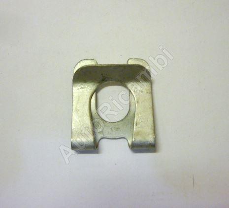 Brake compensator lever catch Iveco Daily